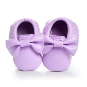 Other - Classic Lavendar Front Bow Baby Moccasins - NWT